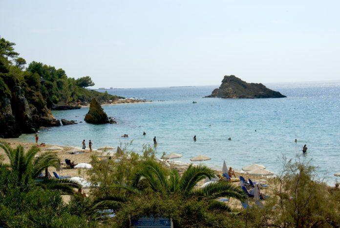Platis Gialos Beach Lassi
